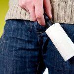 липкий валик против кошачьей шерсти на джинсах