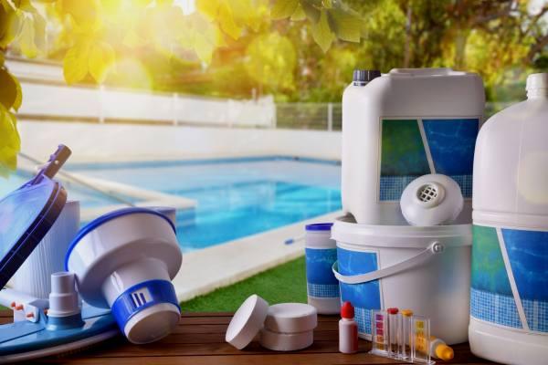 как обеззаразить воду в бассейне